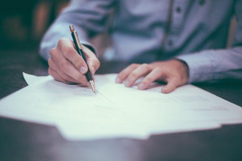 Umowa przedwstępna – czym jest i na co zwracać uwagę