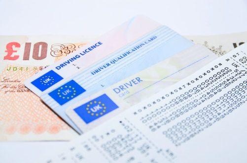 Zakaz prowadzenia pojazdów – kiedy muszę zdawać egzamin na prawo jazdy?